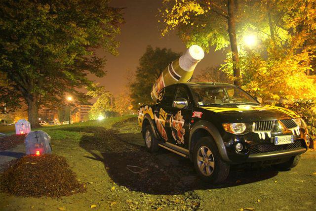 Allestimenti per veicoli e comunicazione in mobilità