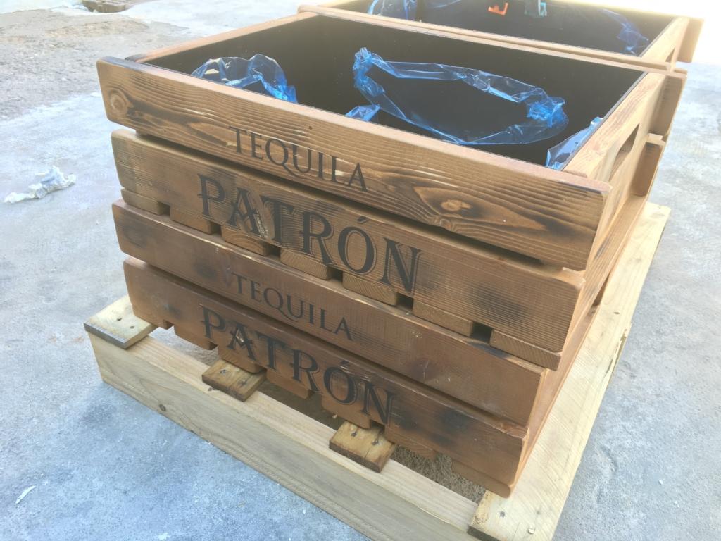 Realizzazione casse in legno TEQUILA PATRON